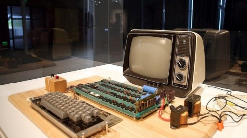 Apple1-626x352