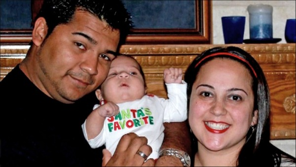 The Muñoz family in happier times.