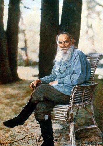 Leo Tolstoy in Yasnaya Polyana, 1908.