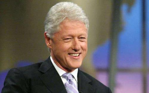 Bill_Clinton_Hay_1756678i