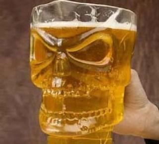 skull-shaped-beer-pitcher