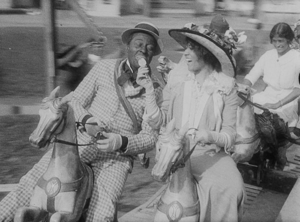 Bert Williams courts Odessa Warren Grey in this untitled 1913 film.